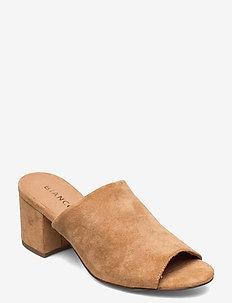 BIACATE Mule Sandal - muły i wsuwane - camel 1