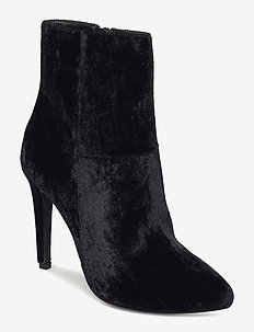 Classic Stiletto Boot - BLACK