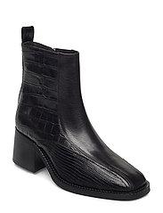 Boots 4813 - BLACK COMB. 830 X