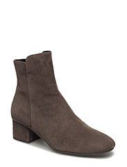 BOOTS - TAUPE HIGHLAND SUEDE 57