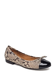 SHOES - BLACK PATENT/NATURAL SNAKE 232