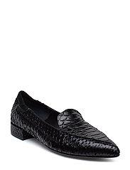 Shoes 8017