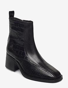 Boots 4813 - enkellaarsjes met hak - black comb. 830 x