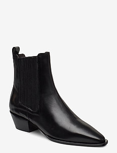 Boots 4922 - ankle boots with heel - black calf 80