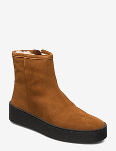 Warm lining 5831 - COGNAC SUEDE/BL. SOLE/GOLD 55