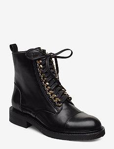 BOOTS - flate ankelstøvletter - black calf/gold 602