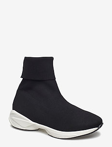 BOOTS - BLACK STRETCH/WHITE SOLE 100