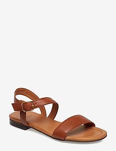 Sandals 8714 - platta sandaler - cognac 5144 buffalo/gold 86