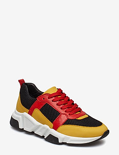 SHOES 8853 - YELLOW/BLACK/RED COMB. 499