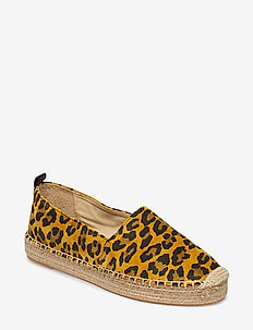 SHOES - PINEAPPLE PALOMA SUEDE 551