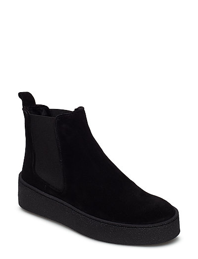 SHOES - BLACK SUEDE/BLACK SOLE 500