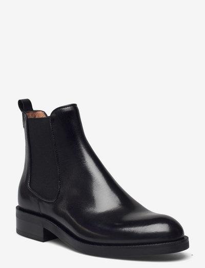 Boots - chelsea støvler - black baby buffalo 60