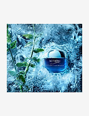 Biotherm - Blue Therapy Multi-Defender Cream SPF25 - dry skin 50ml - dagkräm - clear - 4