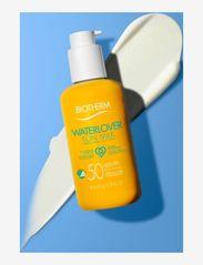 Biotherm - Waterlover Sun Milk SPF 50 - kropp - clear - 3