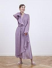 Birgitte Herskind - Rillo Dress - omlottklänning - aop pink chain - 4