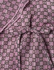 Birgitte Herskind - Rillo Dress - omlottklänning - aop pink chain - 5