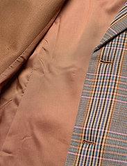 Birgitte Herskind - Jensen Blazer - getailleerde blazers - pink checks - 3