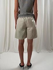 Birgitte Herskind - Rimini Shorts - shorts casual - chalk - 3