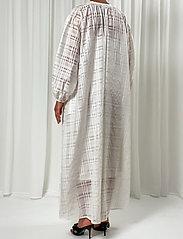 Birgitte Herskind - Karma Dress - skjortekjoler - white - 4