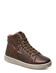 Shoe with laces - BROWN