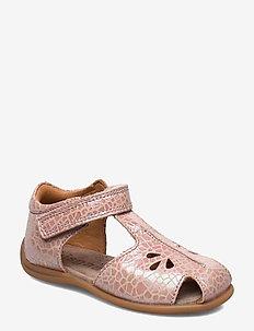Sandals - sandals - shell