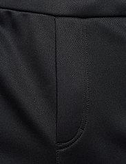Björn Borg - TEAM BORG SHORTS - casual shorts - black beauty - 8