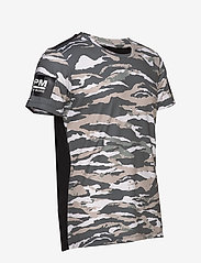 Björn Borg - BORG TEE - sports tops - tigerstripe murale jungle - 4