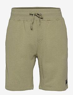 SHORTS CENTRE CENTRE - casual shorts - oil green