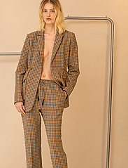 Blanche - Lora Long Blazer - casual blazers - trench - 0