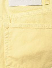 Blanche - Apollo - brede jeans - luminary - 5