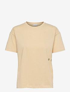 Main DNA - t-shirts - cornhusk
