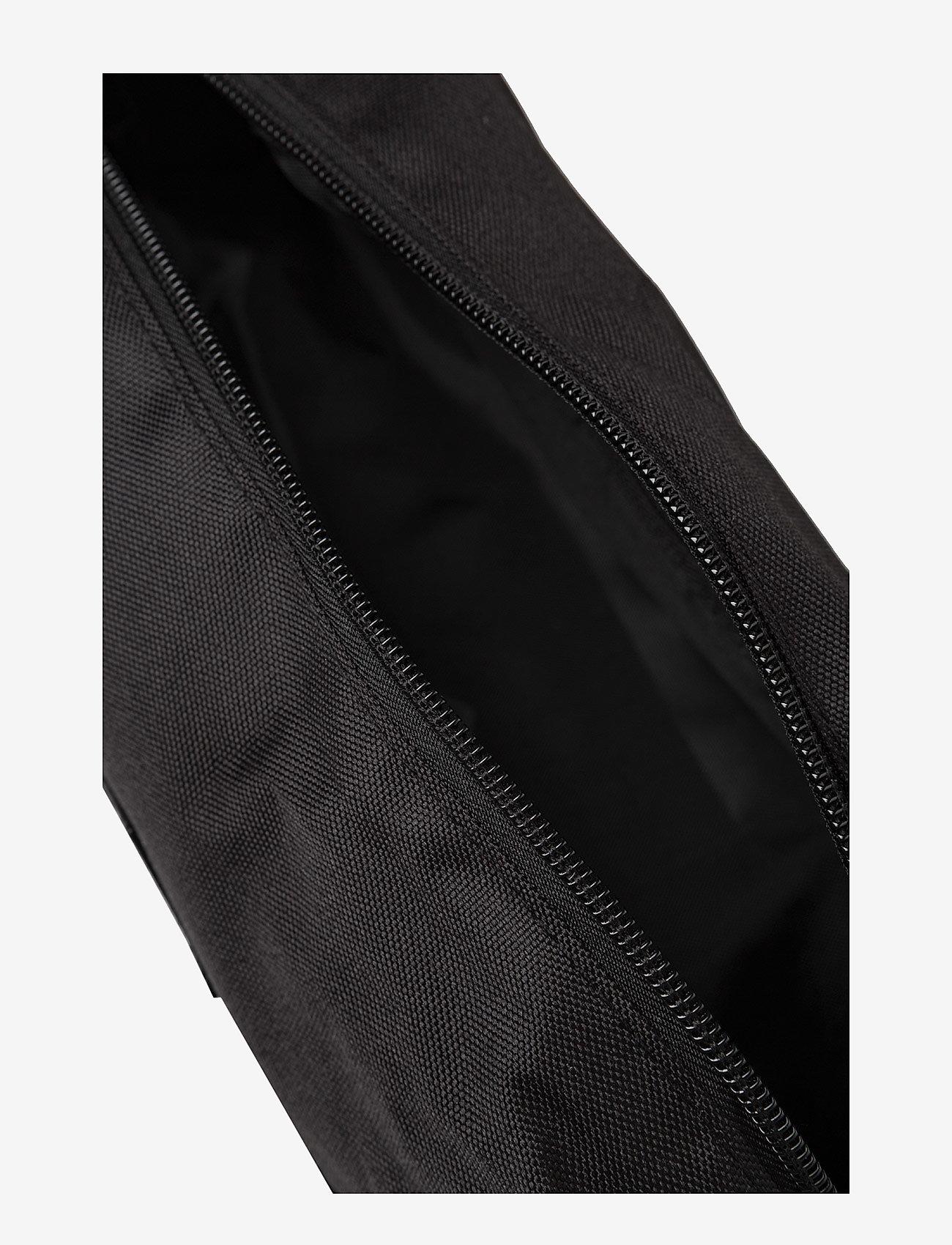 Blend Toilet Bag - Magväskor Black