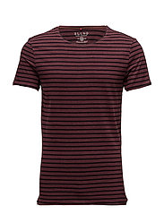Tee - WINE RED
