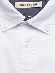 Blend - BHNAIL shirt Slim Fit - peruspaitoja - white - 2