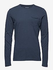 Blend - BHNICOLAI tee l.s. NOOS - t-shirts basiques - midnight blue - 0