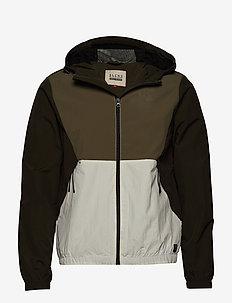 Outerwear - ROSIN GREEN