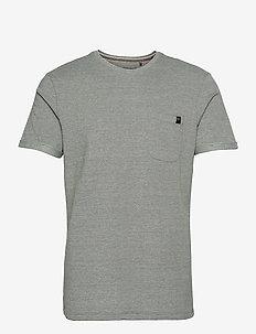 Tee - basic t-shirts - thyme