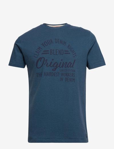Tee - kortærmede t-shirts - ensign blue