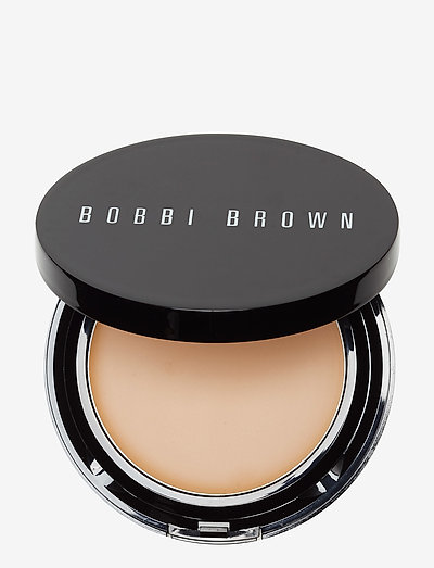 Long-Wear Even Finish Compact Foundation, Natural 4 - NATURAL 4