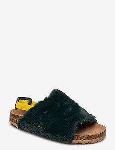 B.C Embroidered Sheepskin Sandals - platta sandaler - greener pastures