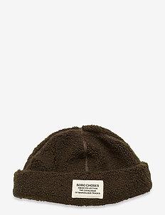 Patch Sheepskin Hat - kapelusze - greener pastures