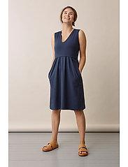 Boob - Tilda dress - midi dresses - thunder blue - 4