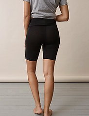 Boob - Once-on-never-off bicycle shorts - cykelshorts - black - 3