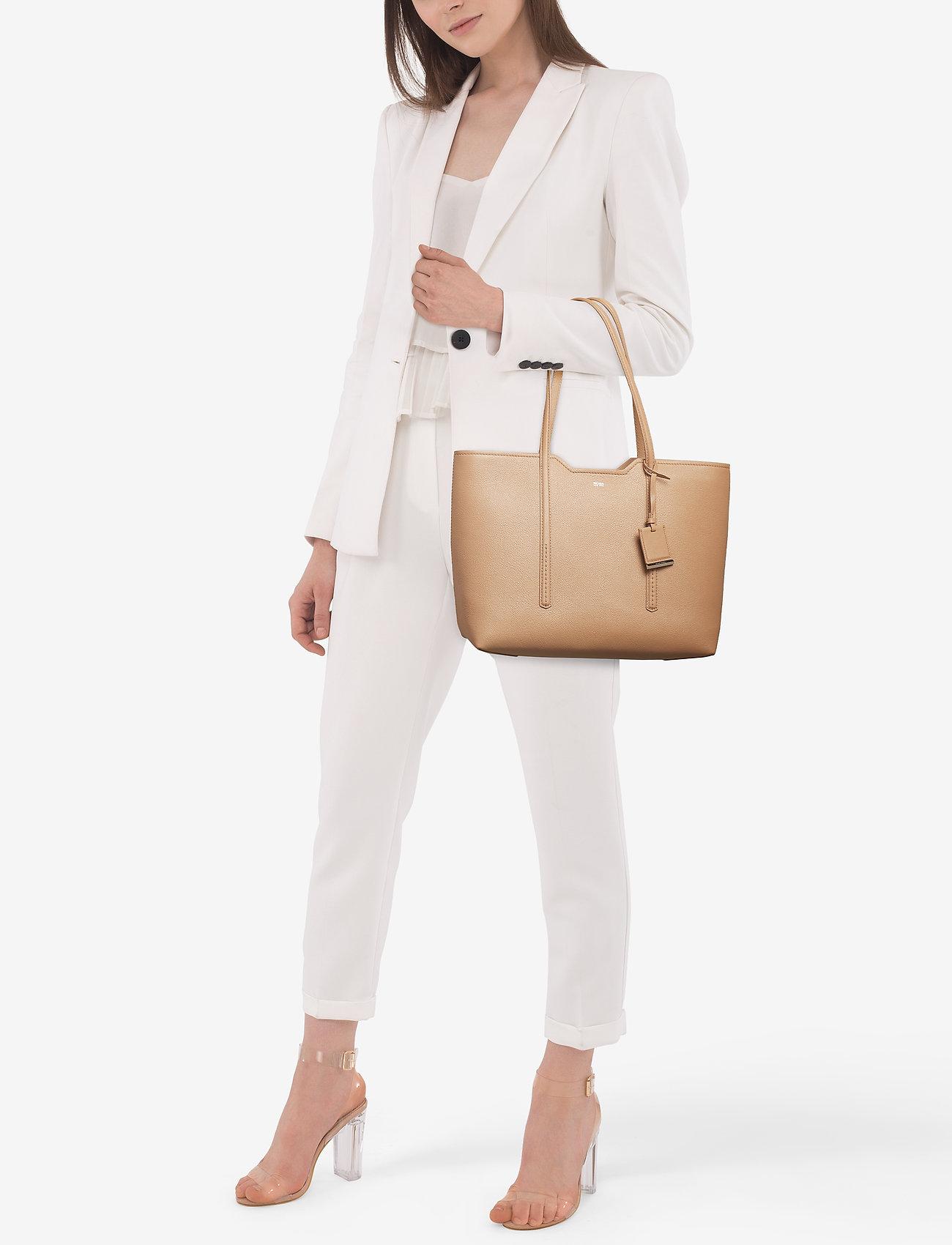 BOSS Business Wear Taylor Shopper