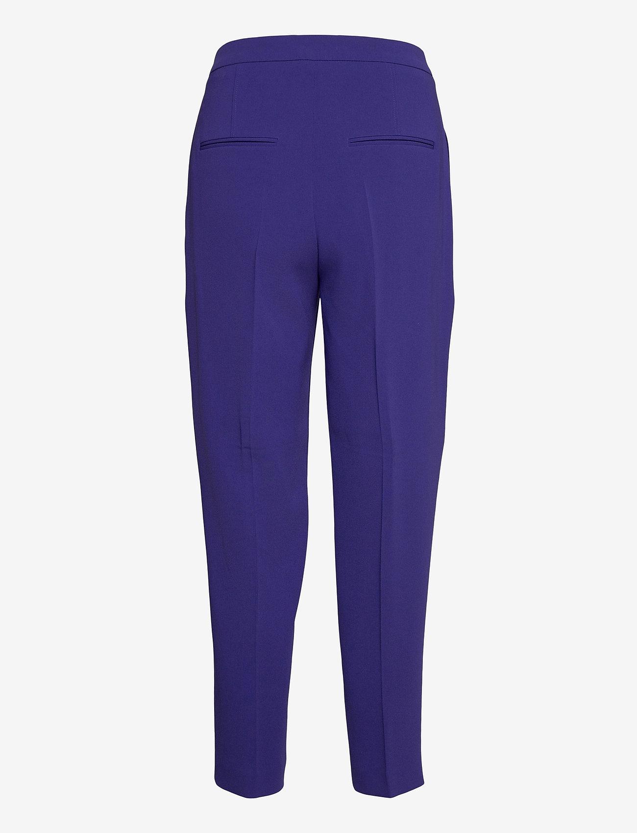 BOSS - Tapia2 - dark purple - 1