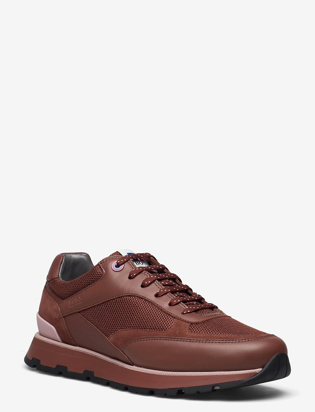 BOSS - BOSS x Russell Athletic Arigon_Runn_RA - låga sneakers - open brown - 0