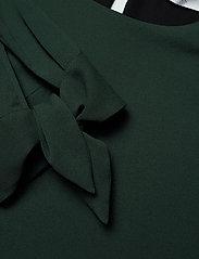 BOSS - Balamy - langærmede bluser - dark green - 2