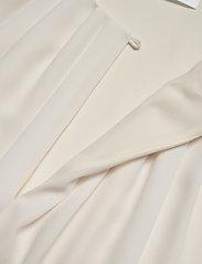 BOSS - Irvetta - Ærmeløse bluser - open white - 2