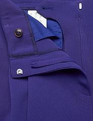 BOSS - Tapia2 - dark purple - 3