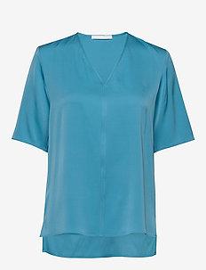 Ivala2 - kortærmede bluser - bright blue